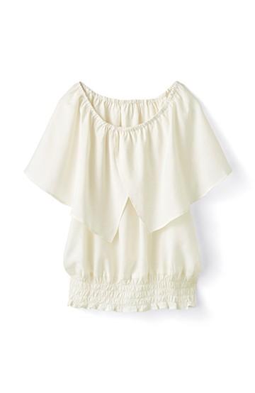 pilvee ケープ衿のやわらかギャザートップス <オフホワイト>の商品写真