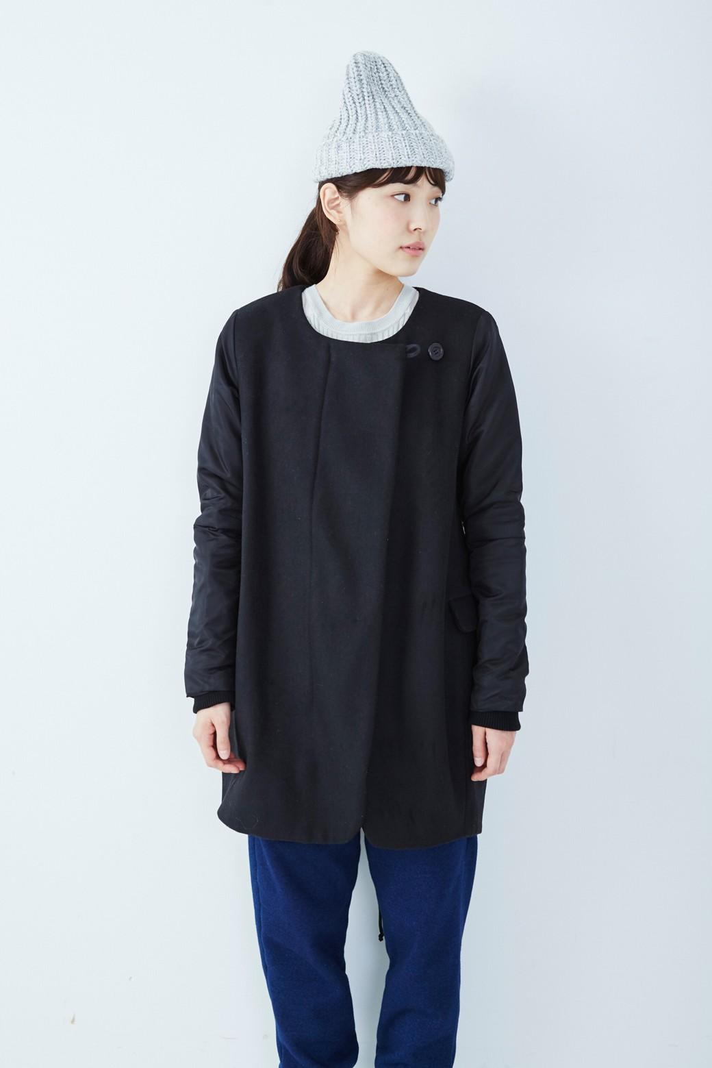 SHE THROUGH SEA #カラス色のノーカラーモッズコート <ブラック>の商品写真1