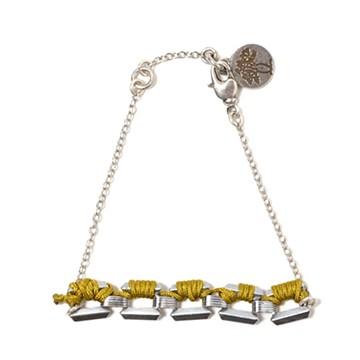 haco! てとひとて LATONKINOISE à Paris Bracelet vintage chain and fluo yarn <マスタード×シルバー>の商品写真