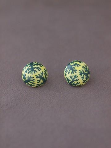 haco! てとひとて arie:chroma 珊瑚ピアス 黄色×緑 <イエロー×グリーン>の商品写真
