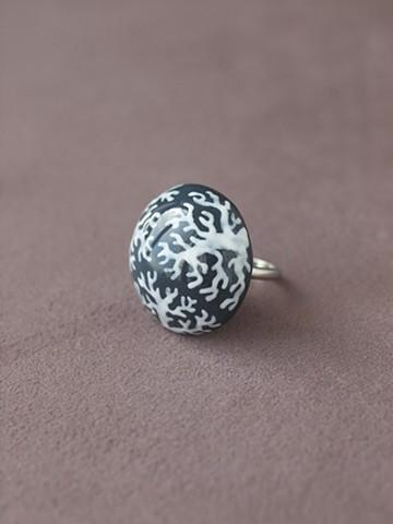 haco! てとひとて arie:chroma 珊瑚リング 紺×白 <ネイビー×ホワイト>の商品写真