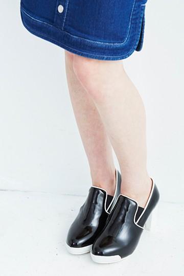 SHE THROUGH SEA #プラットフォームのスリッポンパンプス <ブラック>の商品写真
