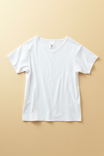 haco! ベンリなVネックTシャツ by que made me <ホワイト>の商品写真
