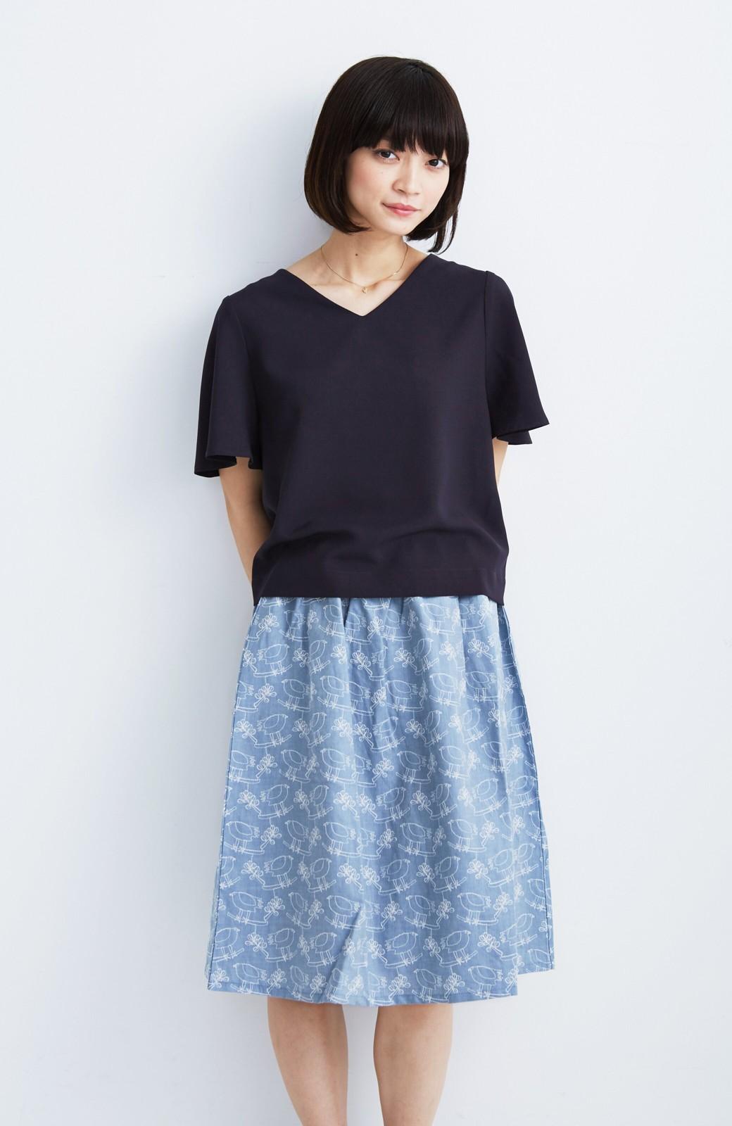 haco! UNICOLART OHTA KOSUKE 鳥と葉っぱ 総刺しゅう布のスカート <ブルー>の商品写真5