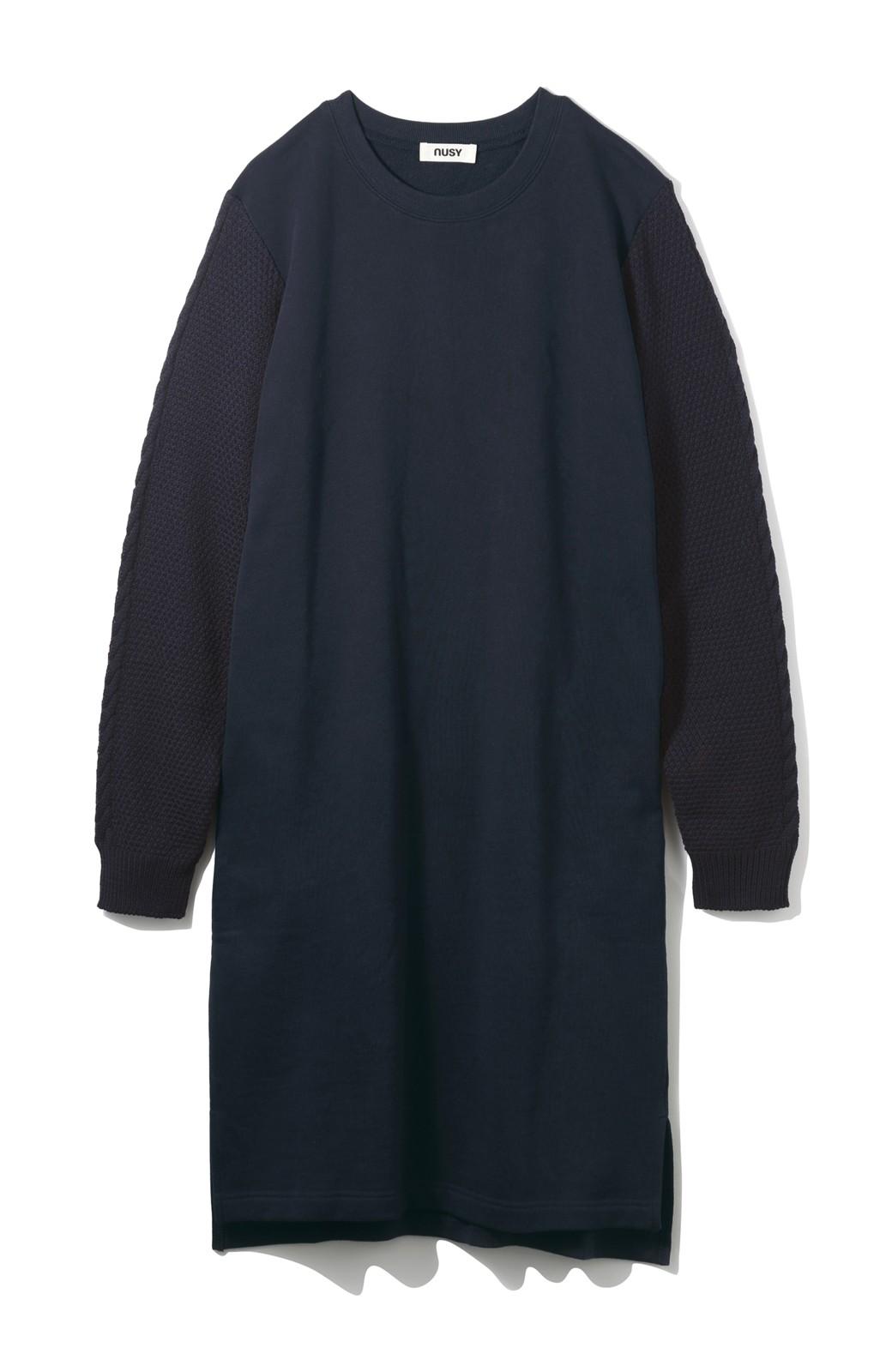 nusy ケーブルニット袖のスウェットワンピース <ネイビー>の商品写真2