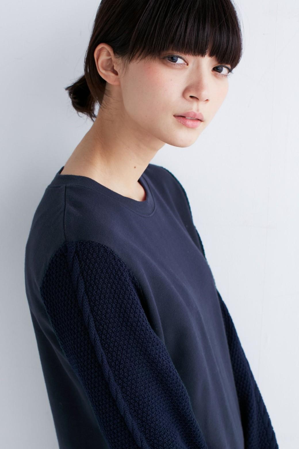 nusy ケーブルニット袖のスウェットワンピース <ネイビー>の商品写真11