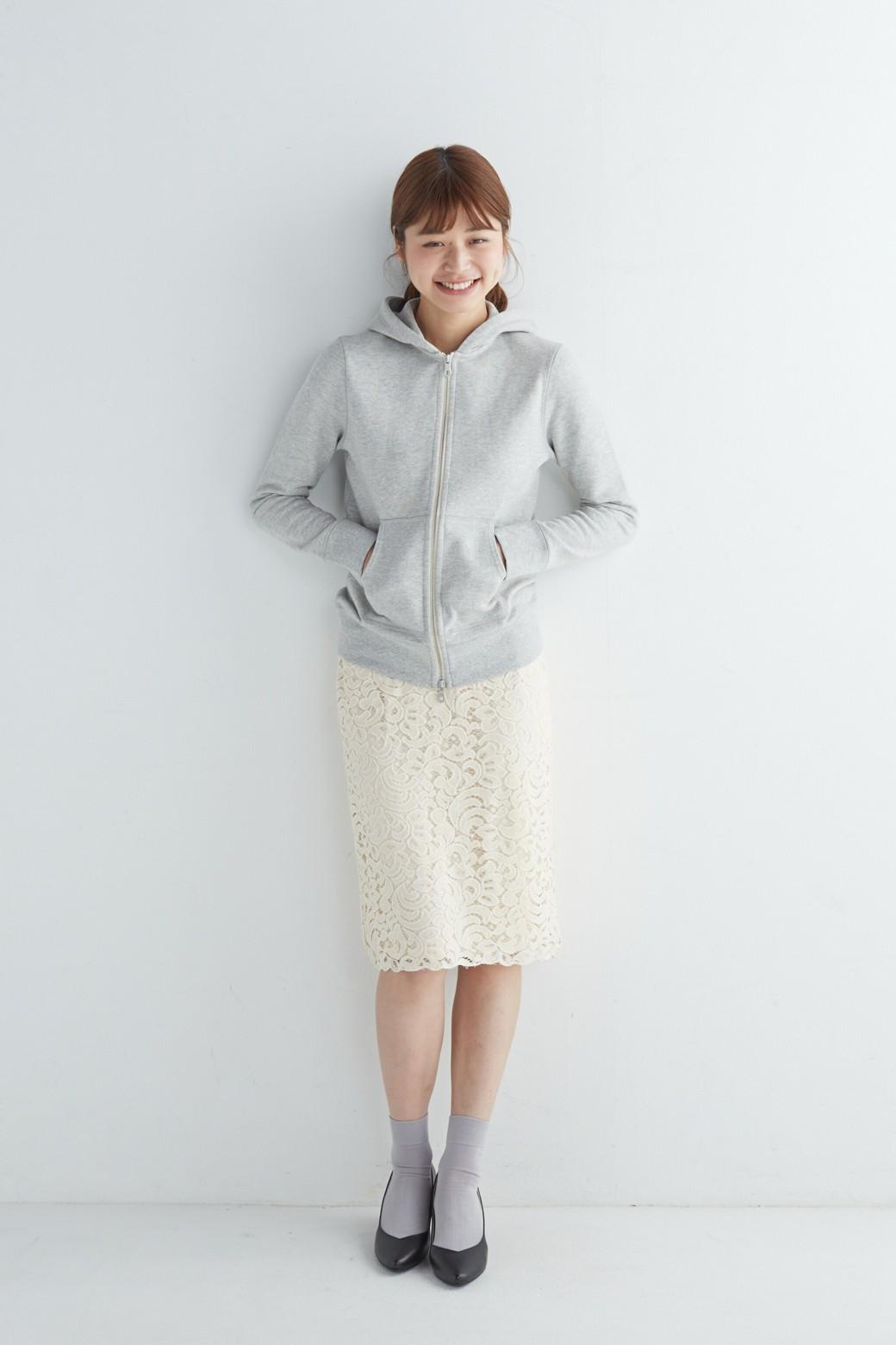 エムトロワ オトナレースのタイトスカート <アイボリー>の商品写真4