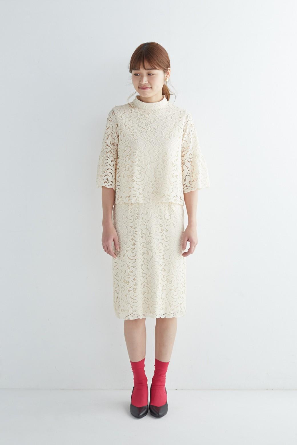 エムトロワ オトナレースのタイトスカート <アイボリー>の商品写真8