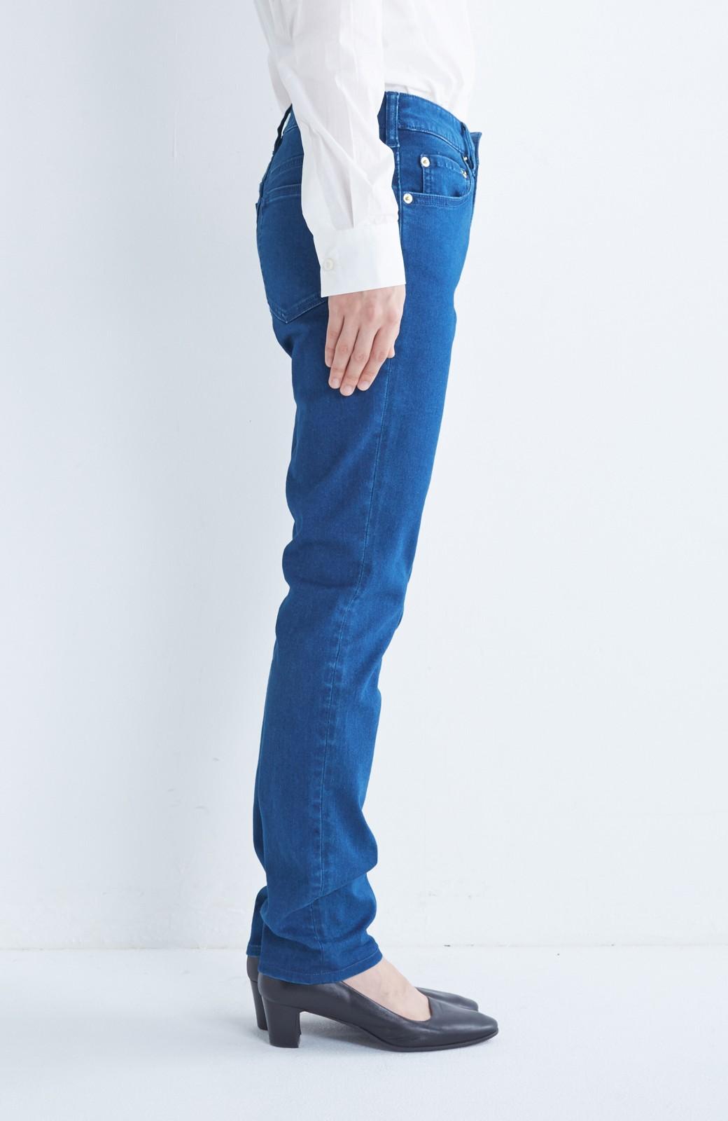 nusy のびのびサテン素材のスキニーデニムパンツ <ブルー>の商品写真4