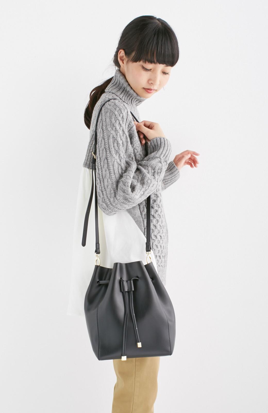 エムトロワ 大人な巾着バッグ <ブラック>の商品写真3
