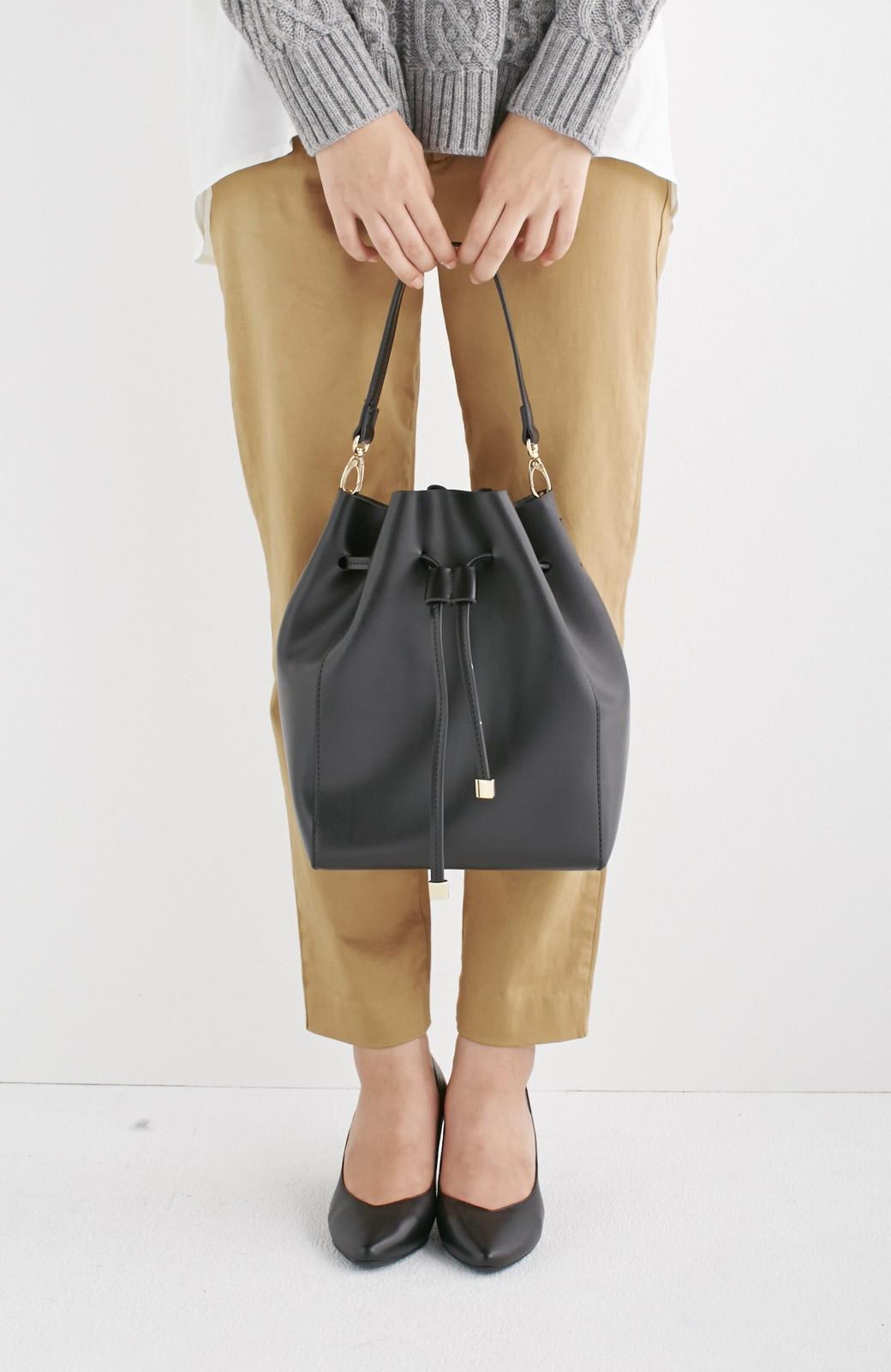エムトロワ 大人な巾着バッグ <ブラック>の商品写真4