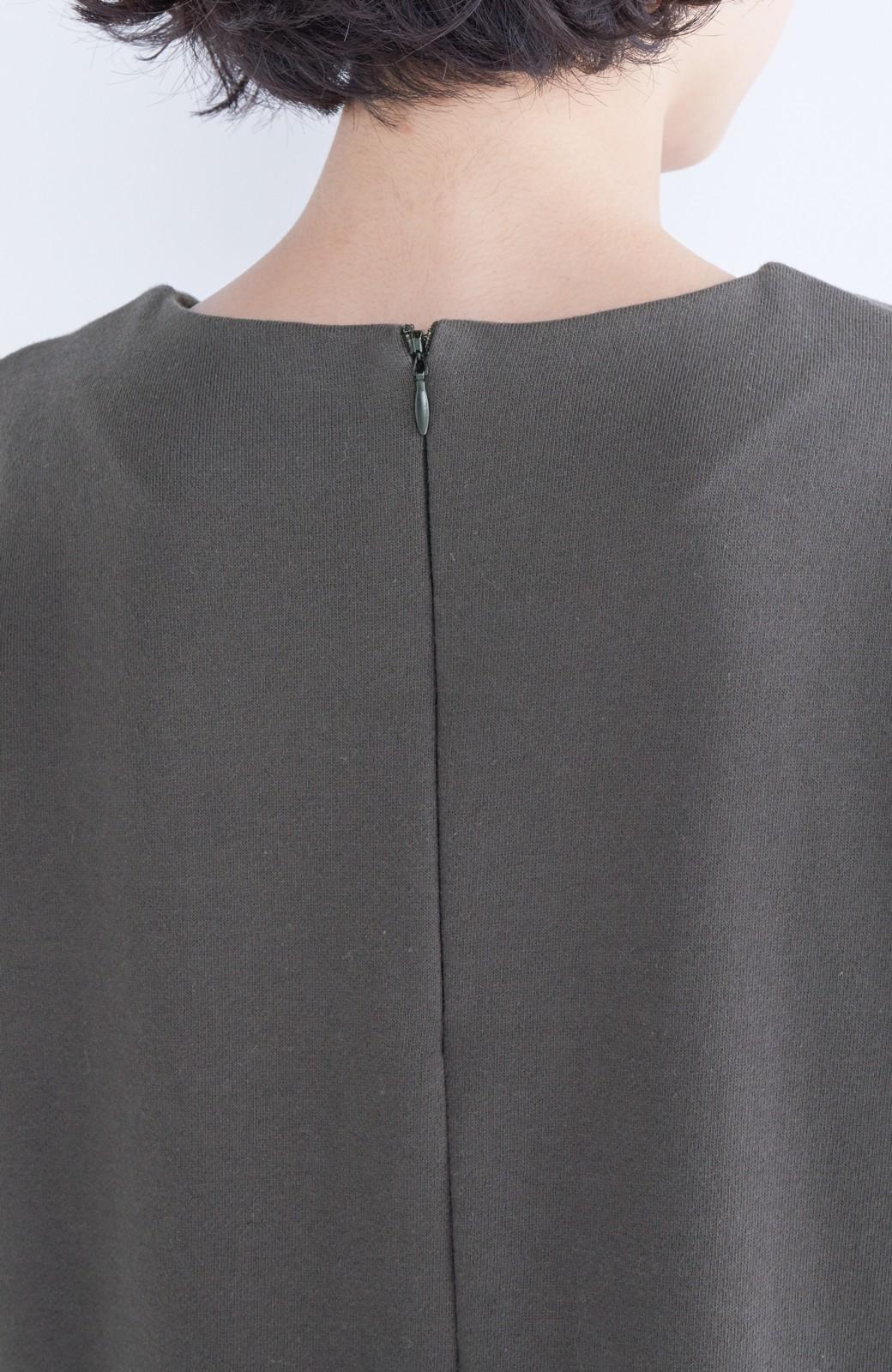 nusy ぱっと着るだけで簡単なのにスウェットより油断してなく見える、シャツ袖スウェット <チャコールグレー>の商品写真12