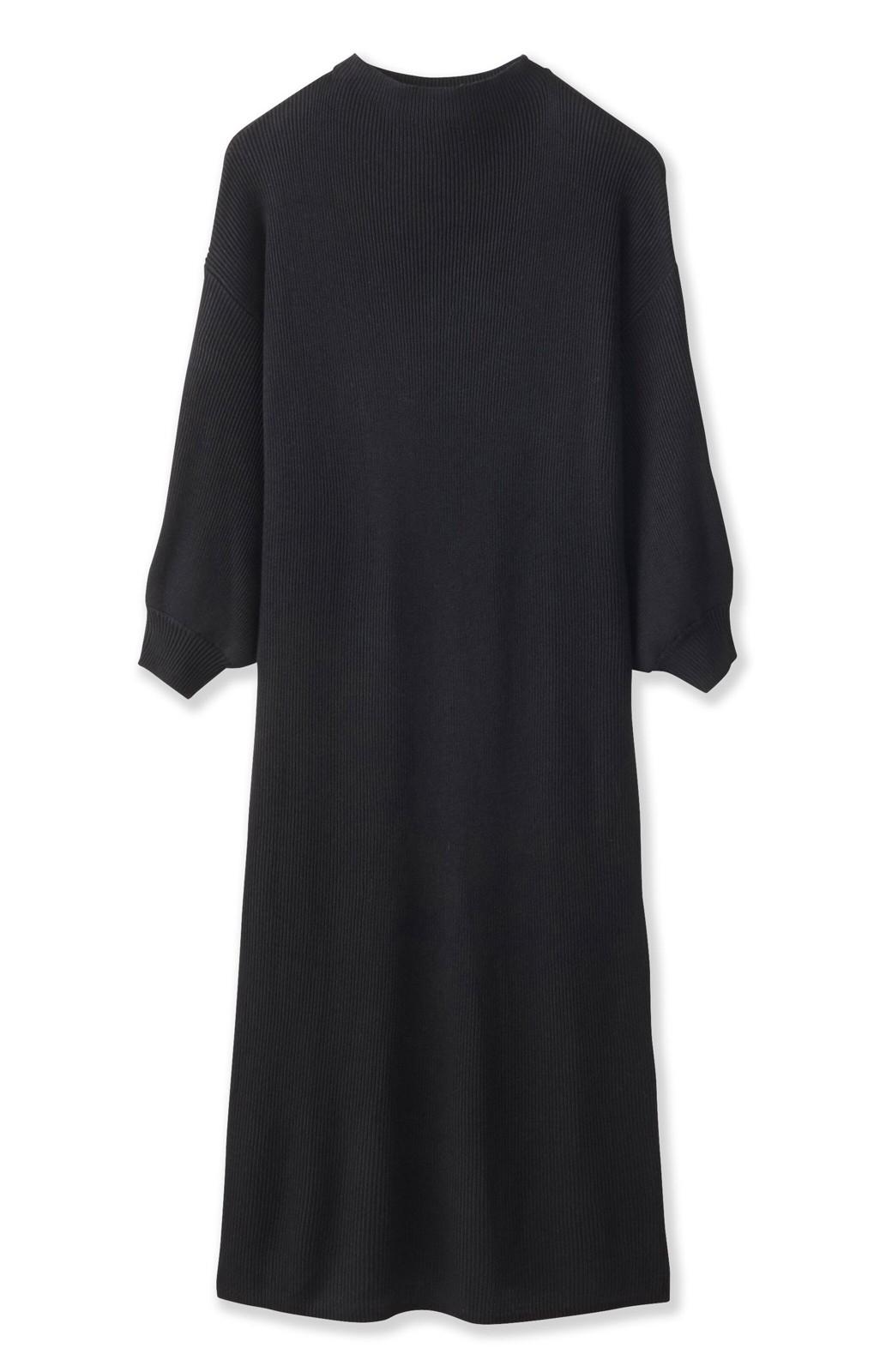 エムトロワ 吸湿発熱素材の袖ぷっくりリブニットワンピース <ブラック>の商品写真2