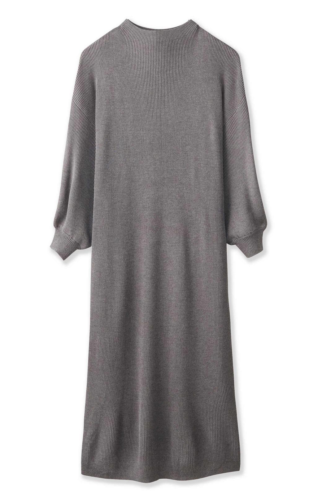 エムトロワ 吸湿発熱素材の袖ぷっくりリブニットワンピース <杢グレー>の商品写真2
