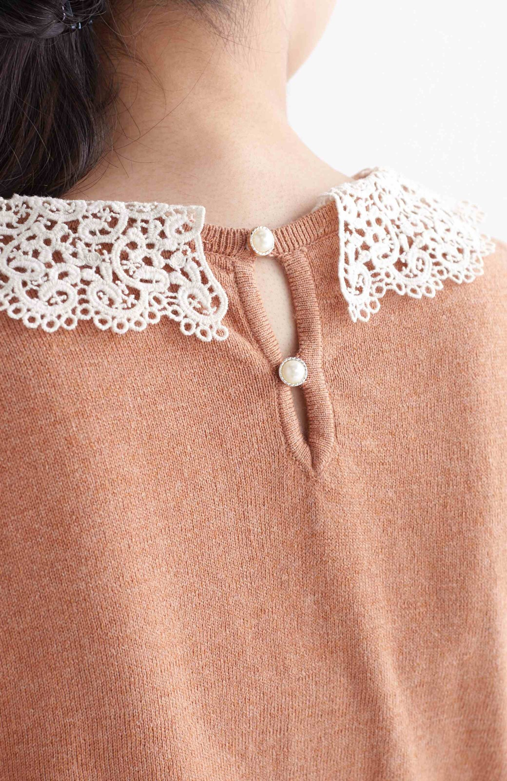 エムトロワ レース衿がかわいい大人ガーリーニット <ベージュ>の商品写真8