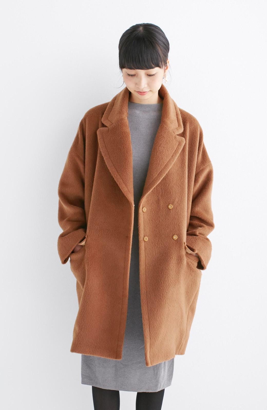 エムトロワ 大きめ衿&ビッグシルエットで華奢見せしたい、ウール混フェミニンコート <キャメル>の商品写真2