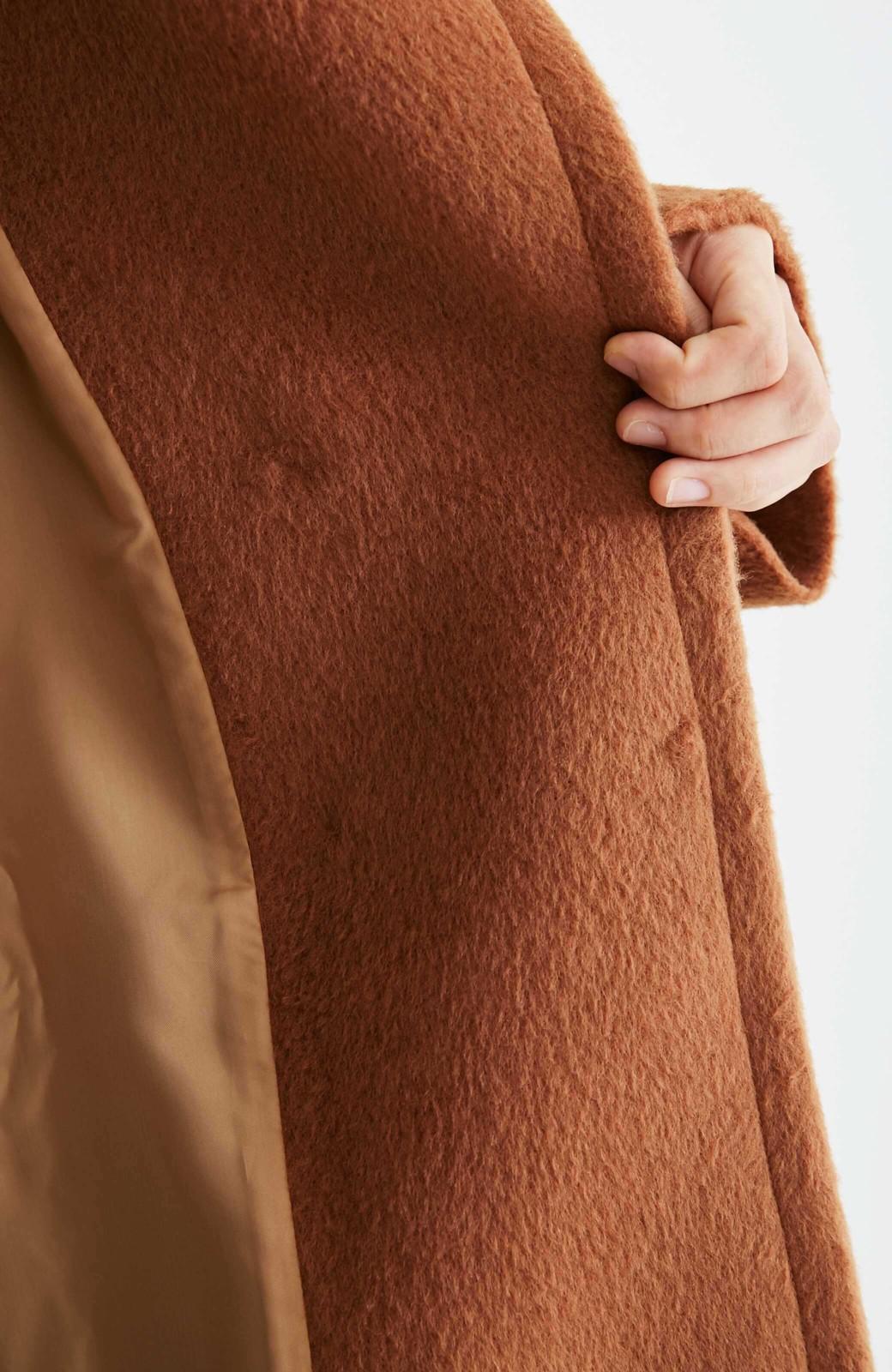 エムトロワ 大きめ衿&ビッグシルエットで華奢見せしたい、ウール混フェミニンコート <キャメル>の商品写真21