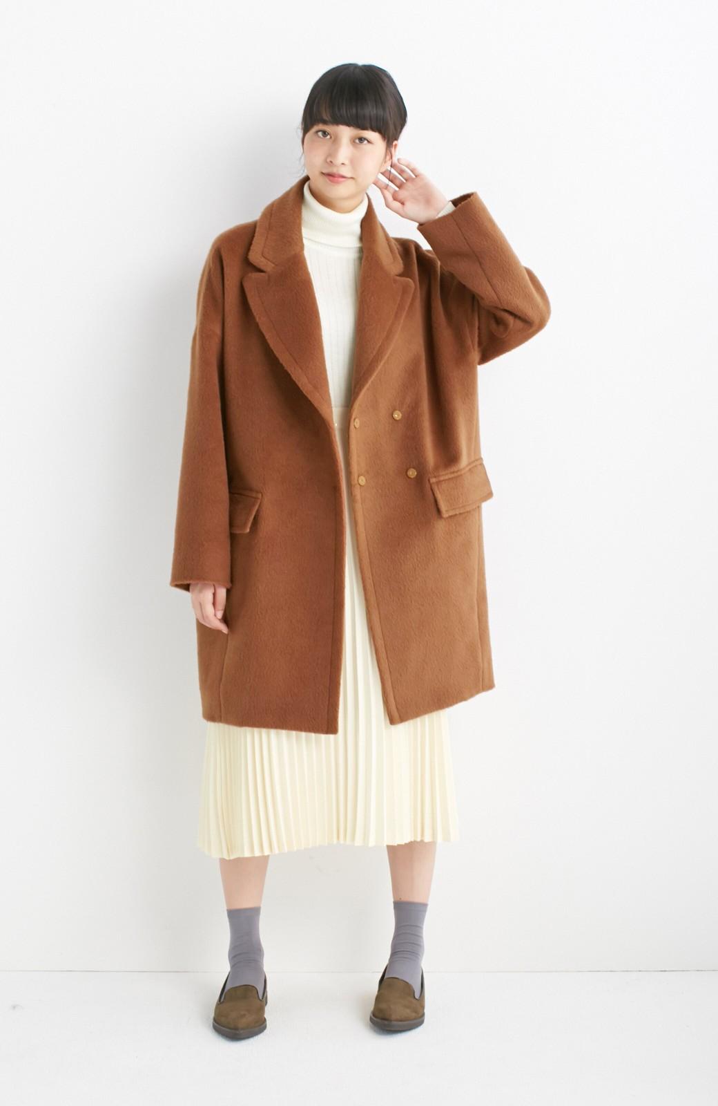エムトロワ 大きめ衿&ビッグシルエットで華奢見せしたい、ウール混フェミニンコート <キャメル>の商品写真3