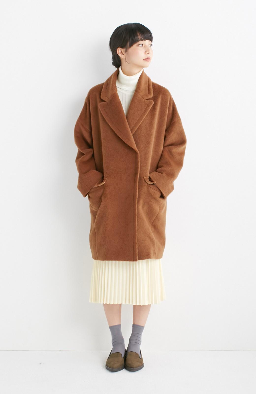 エムトロワ 大きめ衿&ビッグシルエットで華奢見せしたい、ウール混フェミニンコート <キャメル>の商品写真4