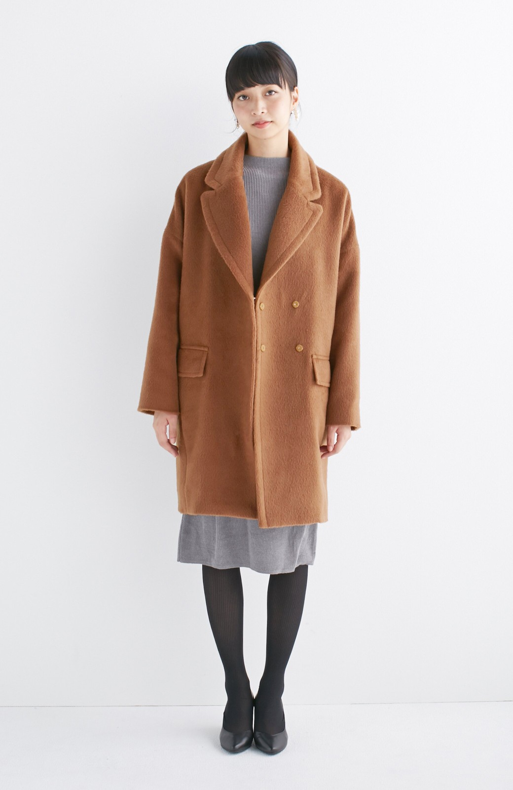 エムトロワ 大きめ衿&ビッグシルエットで華奢見せしたい、ウール混フェミニンコート <キャメル>の商品写真5