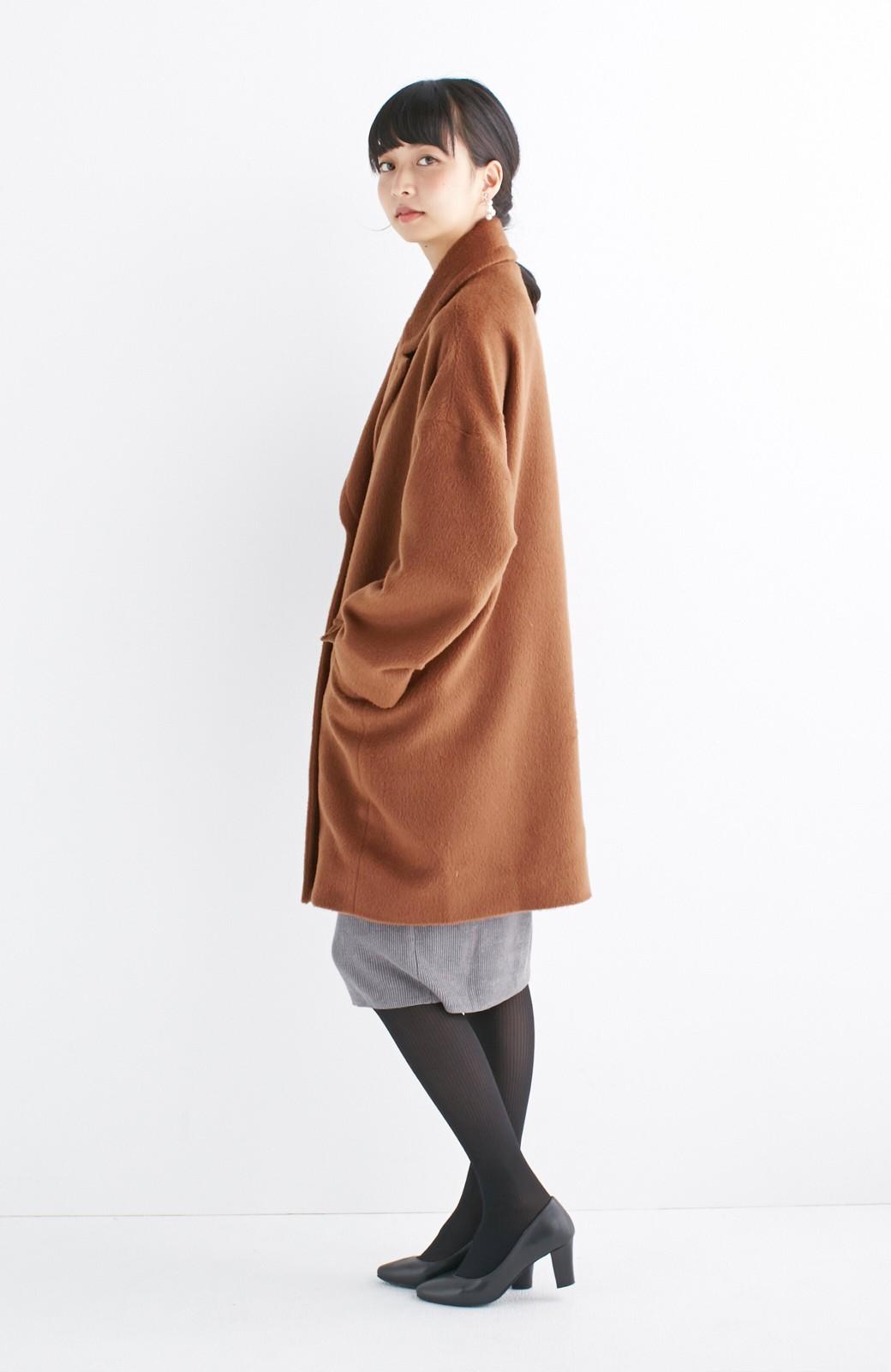 エムトロワ 大きめ衿&ビッグシルエットで華奢見せしたい、ウール混フェミニンコート <キャメル>の商品写真11