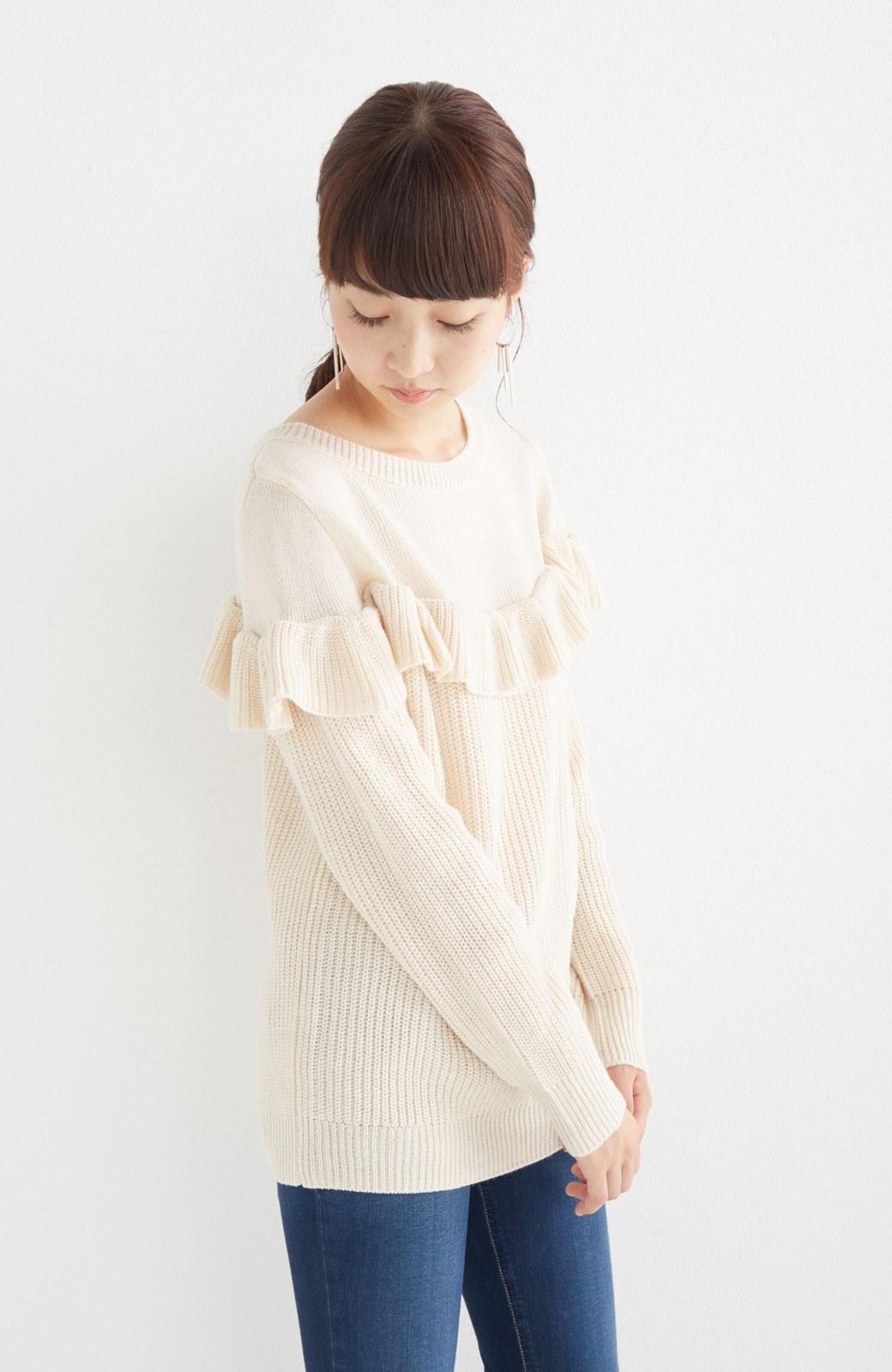 nusy お家で洗えてきれいがつづく あぜ編みづかいフリルニット <オフホワイト>の商品写真8