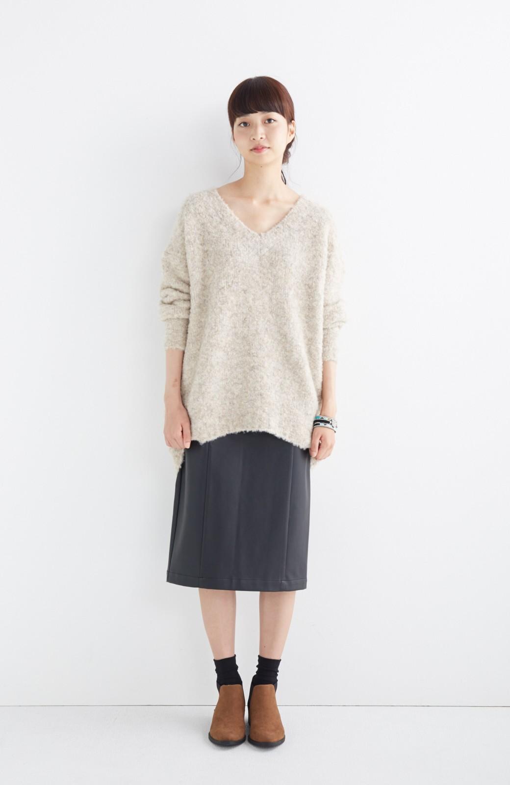 haco! どんなにカジュアルなものを合わせても女らしくなれる、フェイクレザーのタイトスカート by que made me <ブラック>の商品写真14