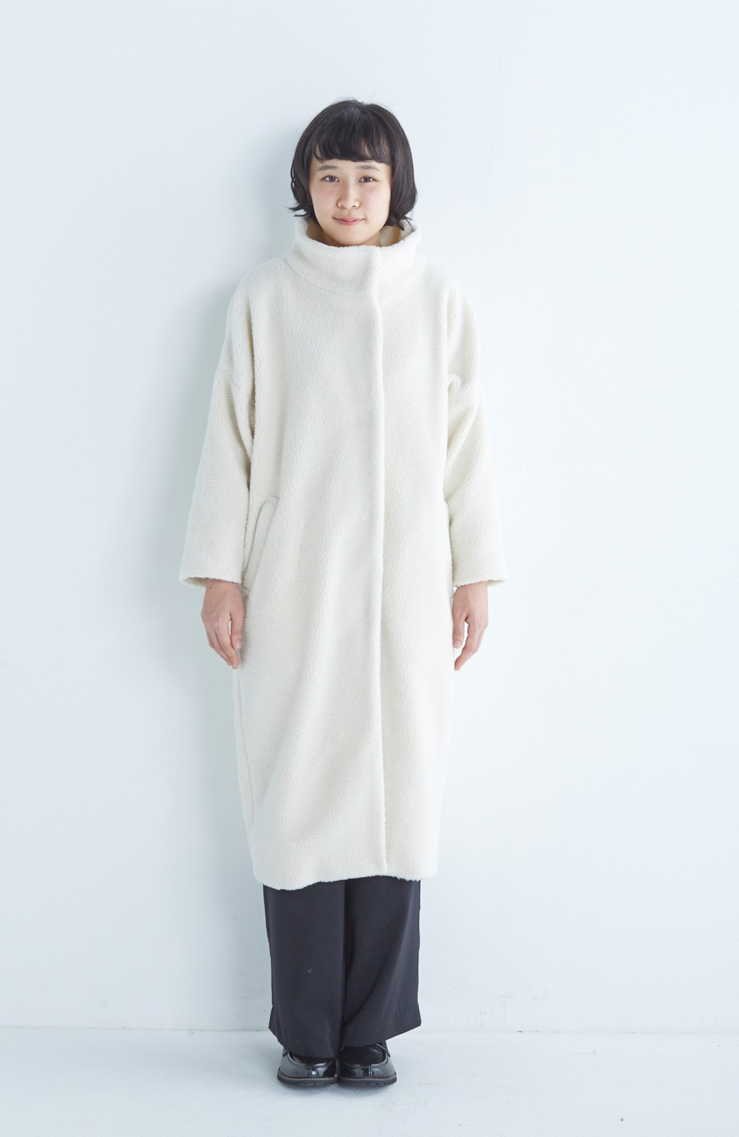 nusy これ1枚でぬくぬくのスタンド衿ゆったりボアコート <アイボリー>の商品写真9