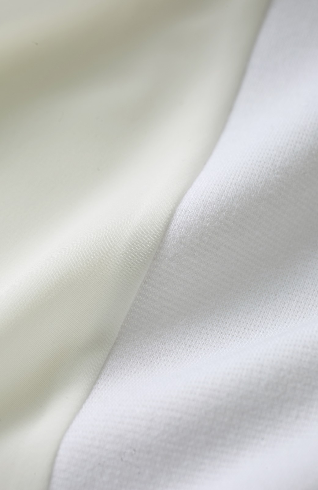 エムトロワ 袖ギャザーコンビトップス <ホワイト>の商品写真4