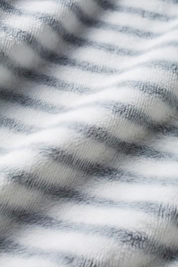 nusy 裏シャギー起毛のブランケットスカート <ホワイト×ブラック>の商品写真