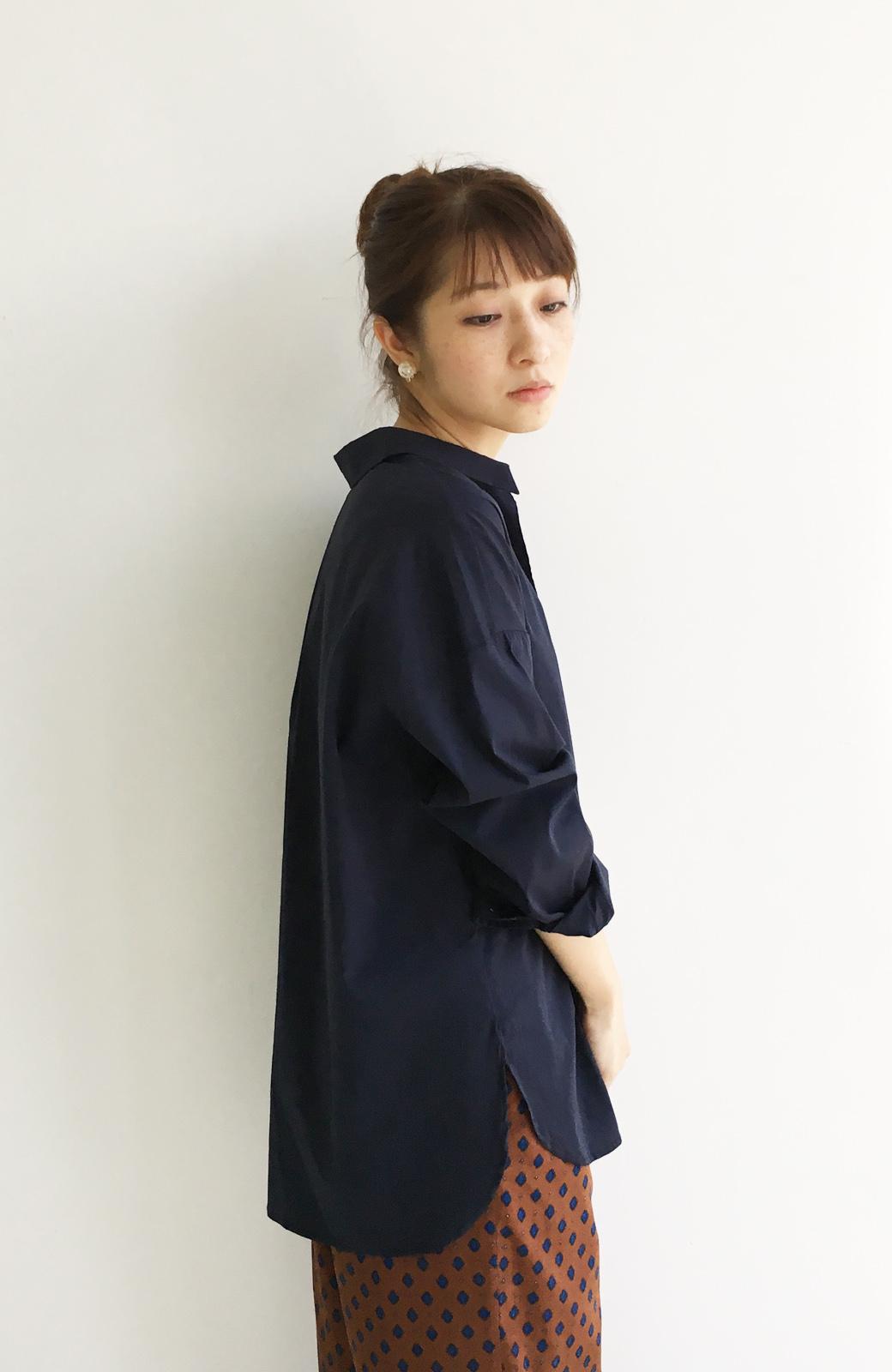 エムトロワ 着るだけでベストバランス抜き衿シャツ <ネイビー>の商品写真10