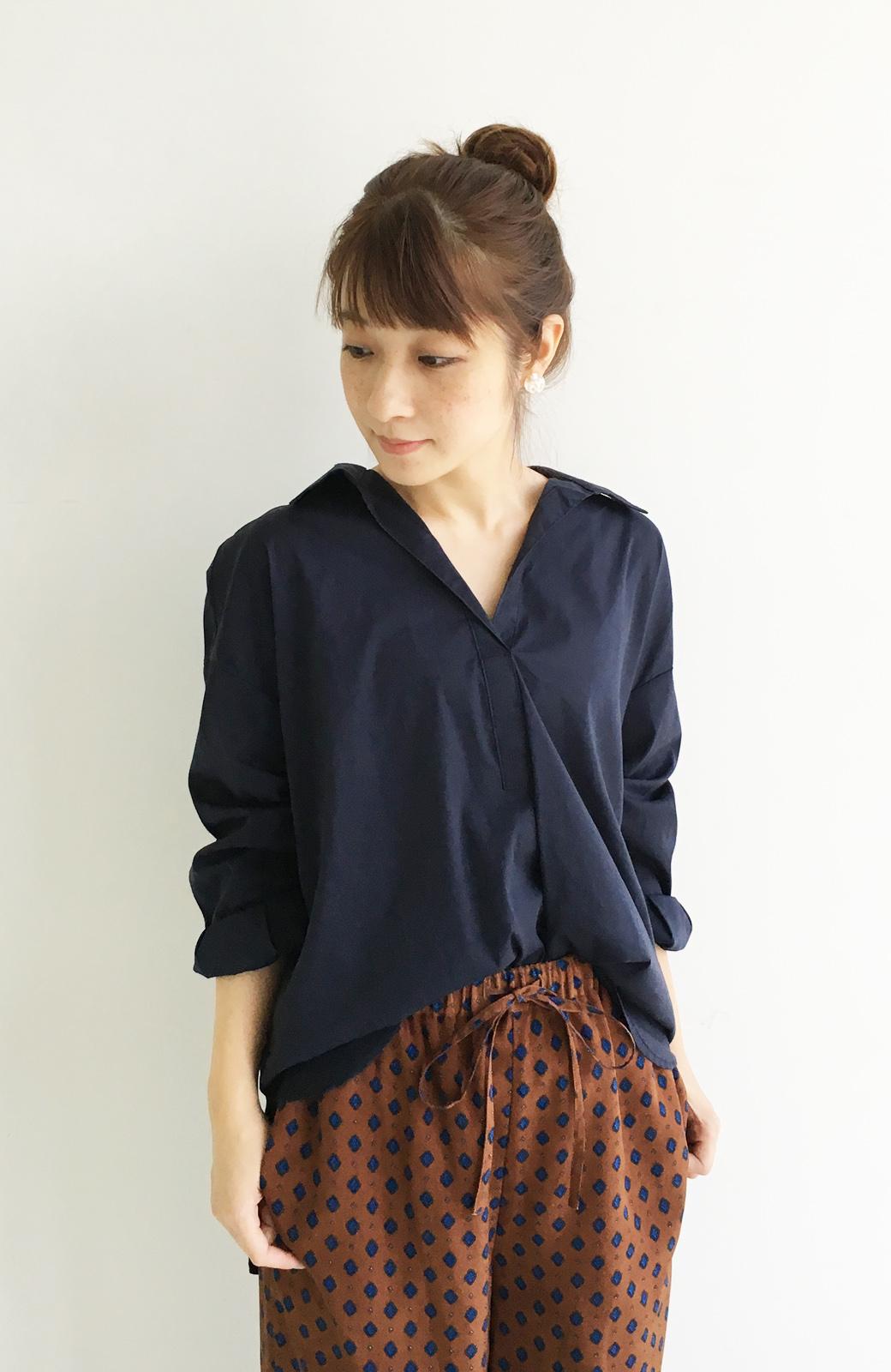 エムトロワ 着るだけでベストバランス抜き衿シャツ <ネイビー>の商品写真11