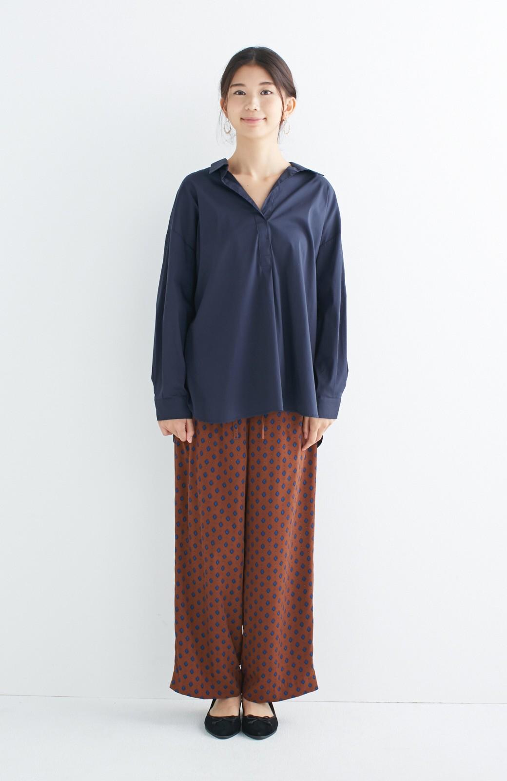 エムトロワ 着るだけでベストバランス抜き衿シャツ <ネイビー>の商品写真2