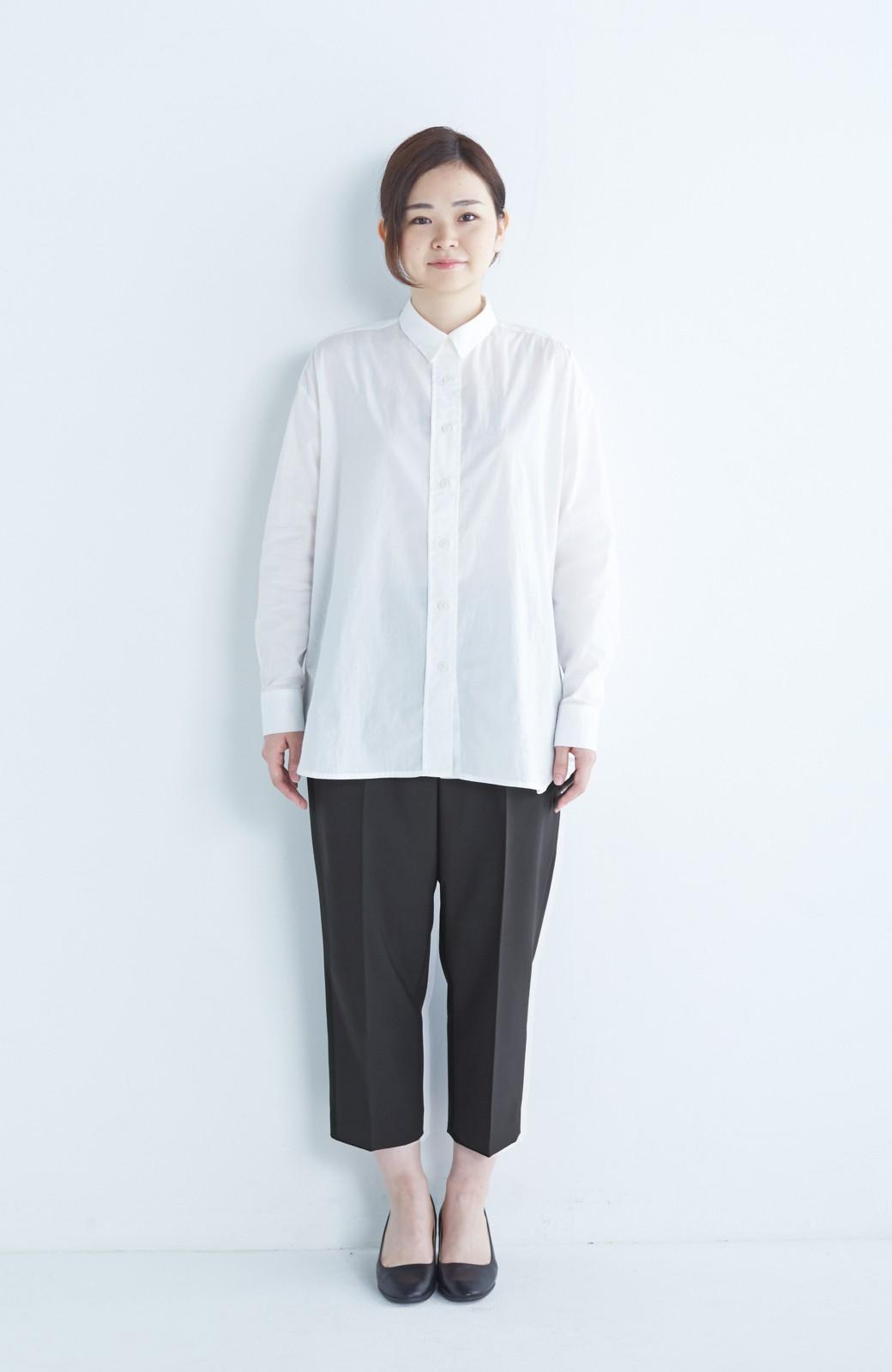 エムトロワ きれいめ素材のワイドクロップドパンツ <ブラック>の商品写真12