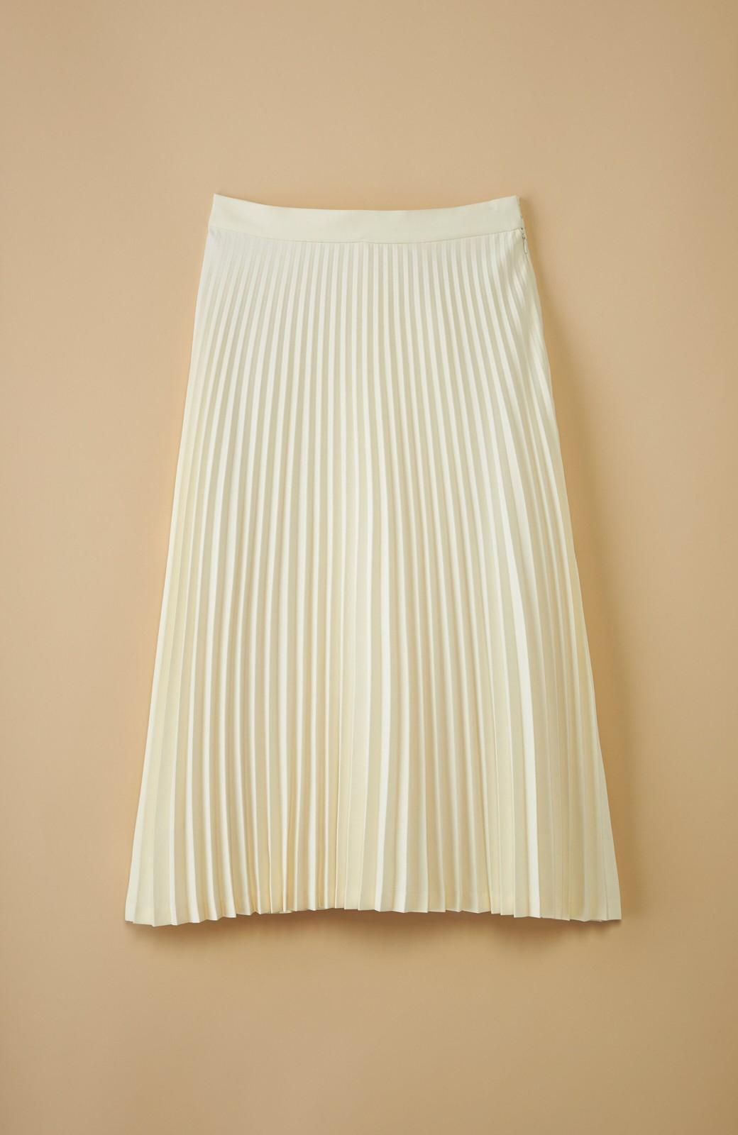 haco! 【mer11月号掲載】折り目正しい大人のためのプリーツスカート by que made me <アイボリー>の商品写真1