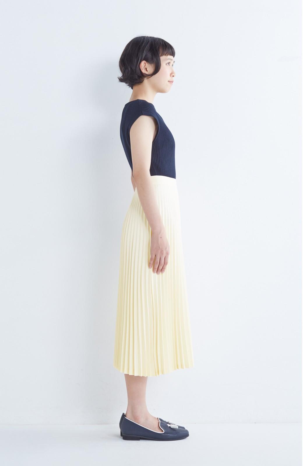 haco! 【mer11月号掲載】折り目正しい大人のためのプリーツスカート by que made me <アイボリー>の商品写真11
