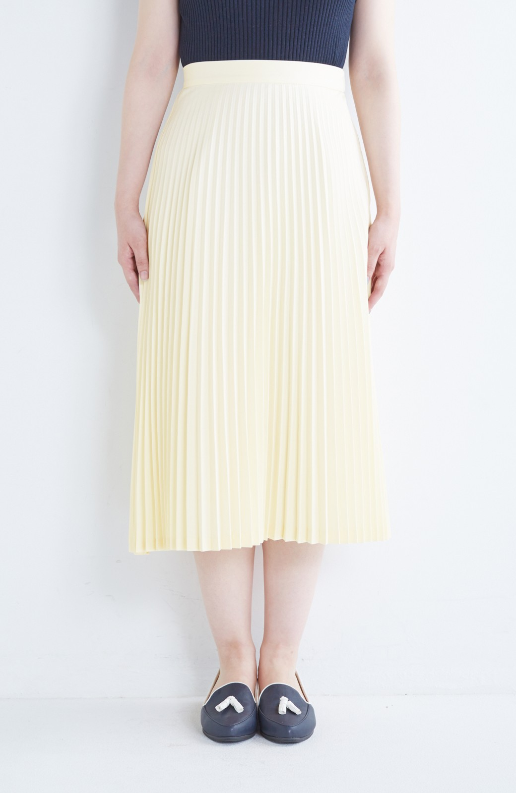 haco! 【mer11月号掲載】折り目正しい大人のためのプリーツスカート by que made me <アイボリー>の商品写真13