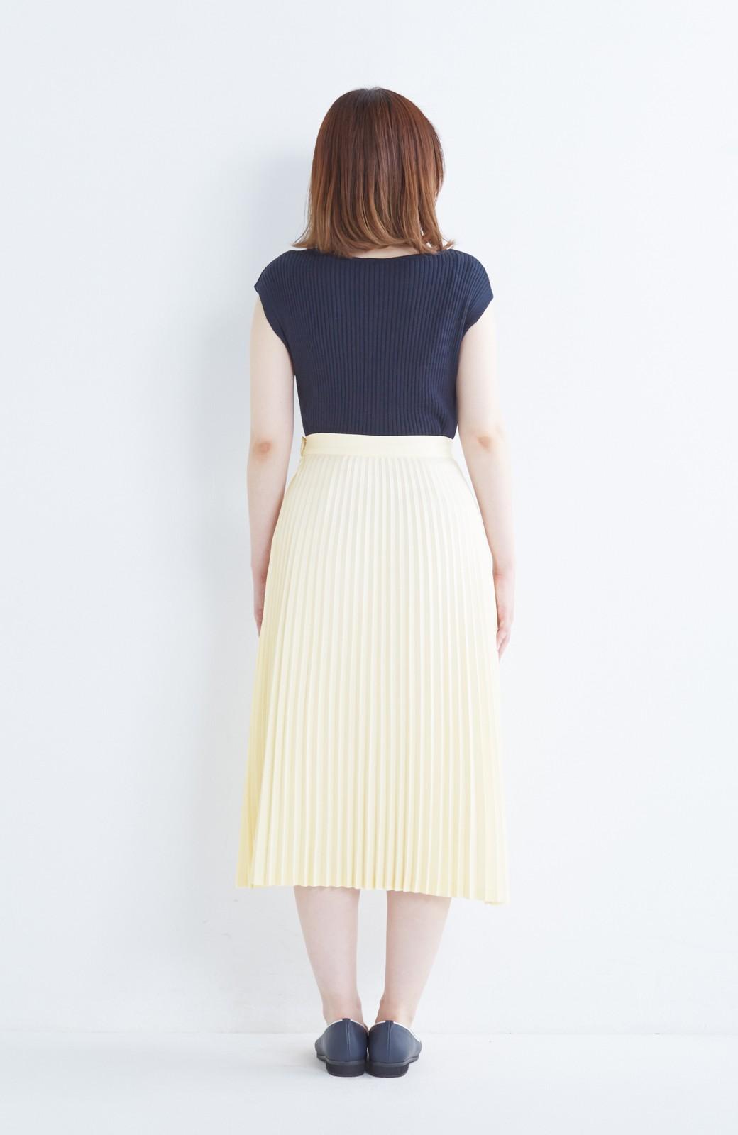 haco! 【mer11月号掲載】折り目正しい大人のためのプリーツスカート by que made me <アイボリー>の商品写真16