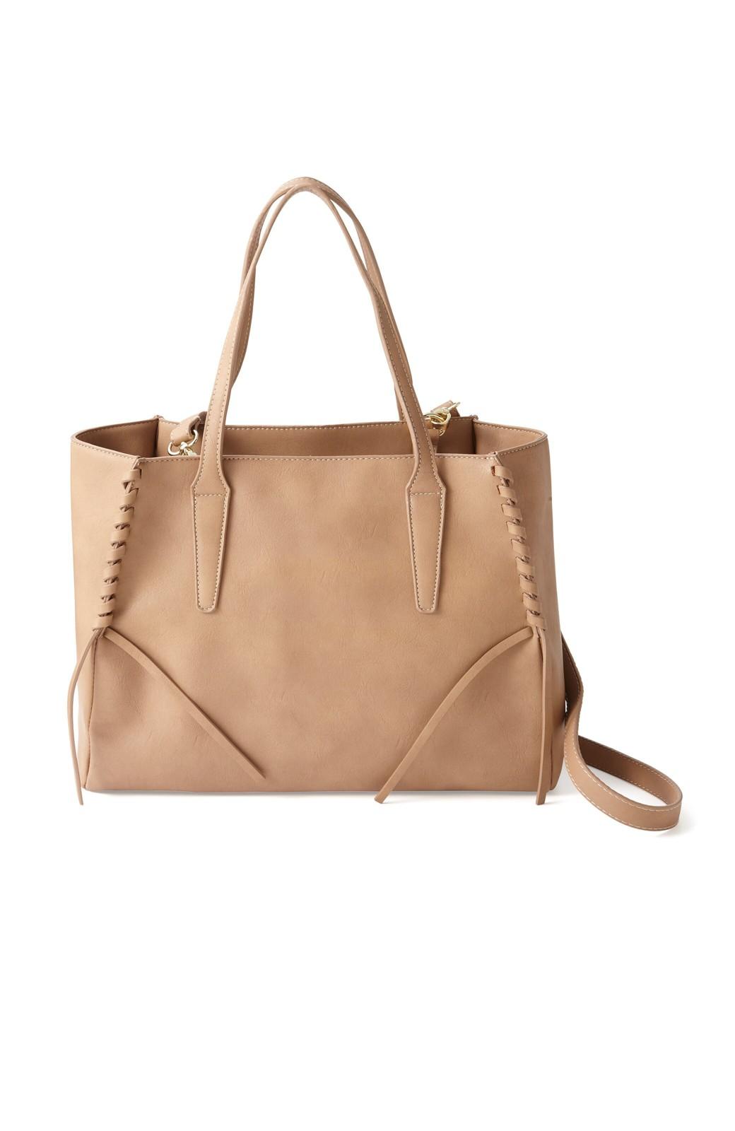 エムトロワ 編み込みデザインがかわいいフェミニントートバッグ <ベージュ>の商品写真1