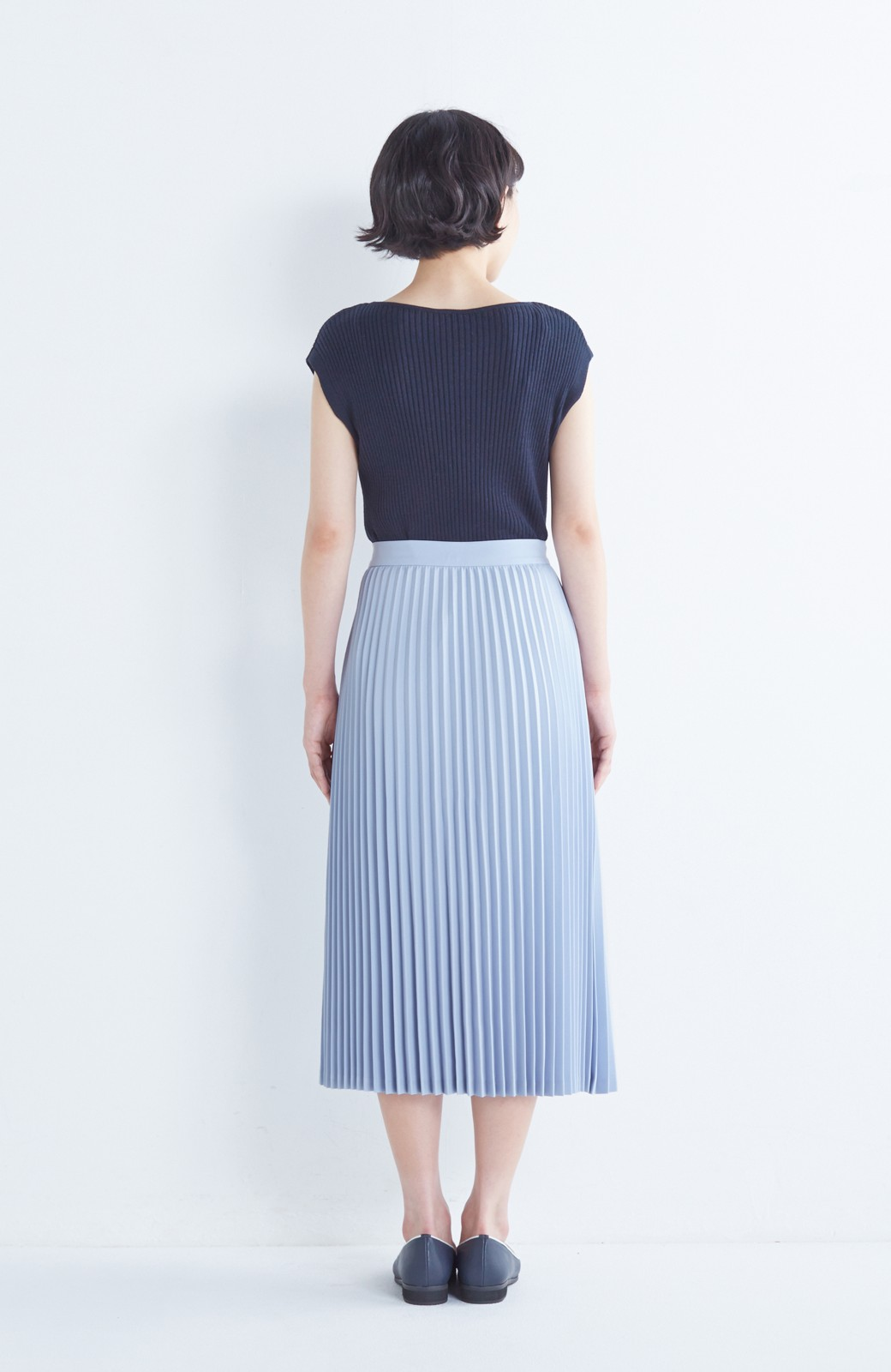 haco! 【mer11月号掲載】折り目正しい大人のためのプリーツスカート by que made me <サックスブルー>の商品写真5