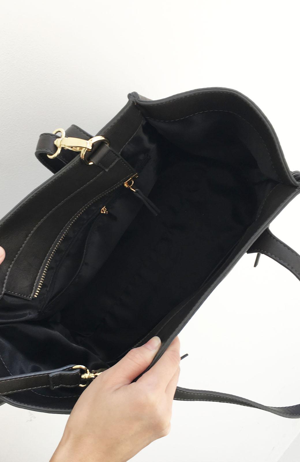 エムトロワ 編み込みデザインがかわいいフェミニントートバッグ <チャコールグレー>の商品写真4
