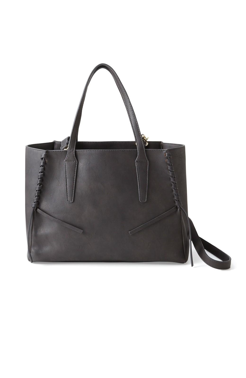 エムトロワ 編み込みデザインがかわいいフェミニントートバッグ <チャコールグレー>の商品写真1