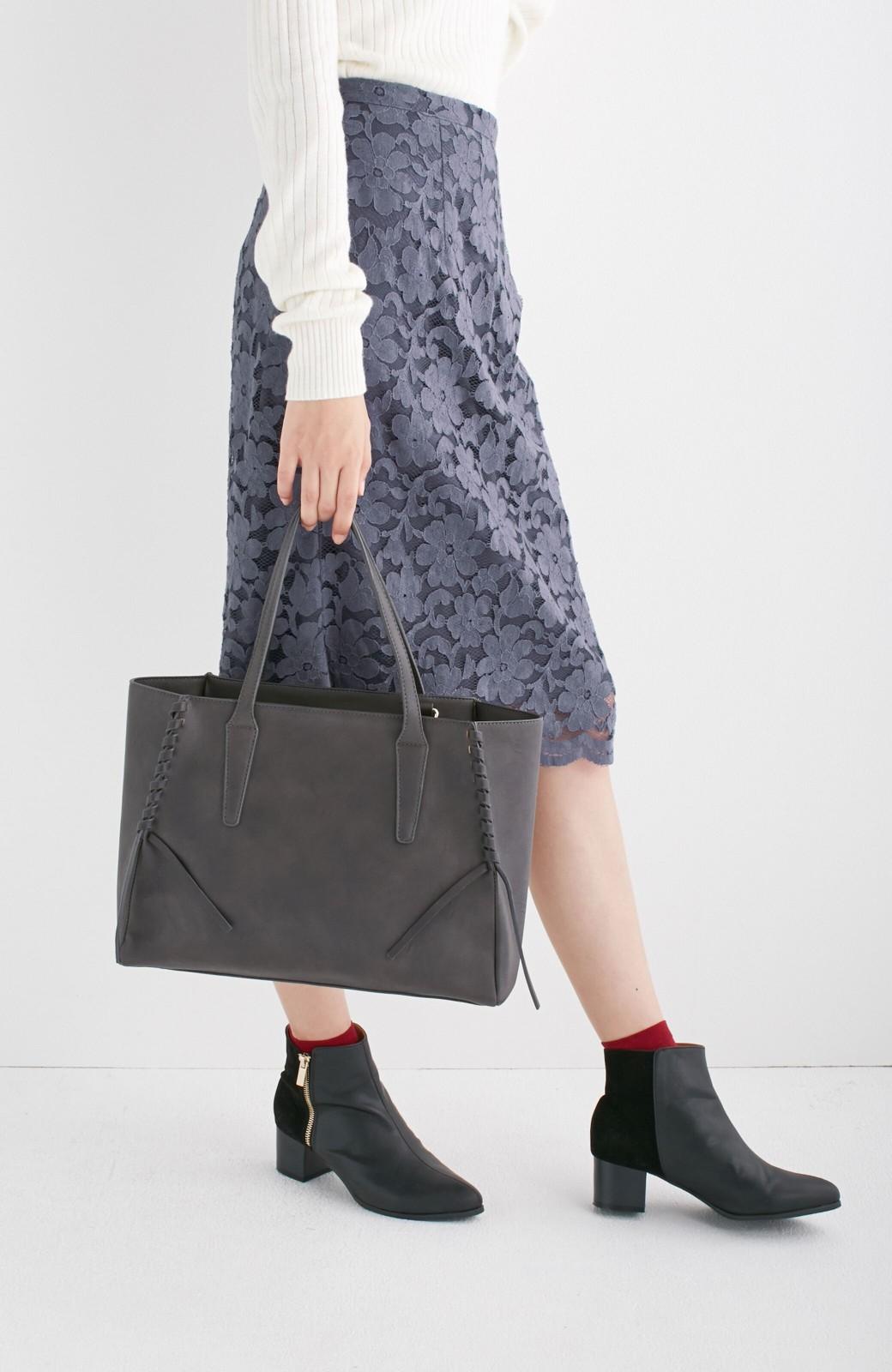 エムトロワ 編み込みデザインがかわいいフェミニントートバッグ <チャコールグレー>の商品写真10