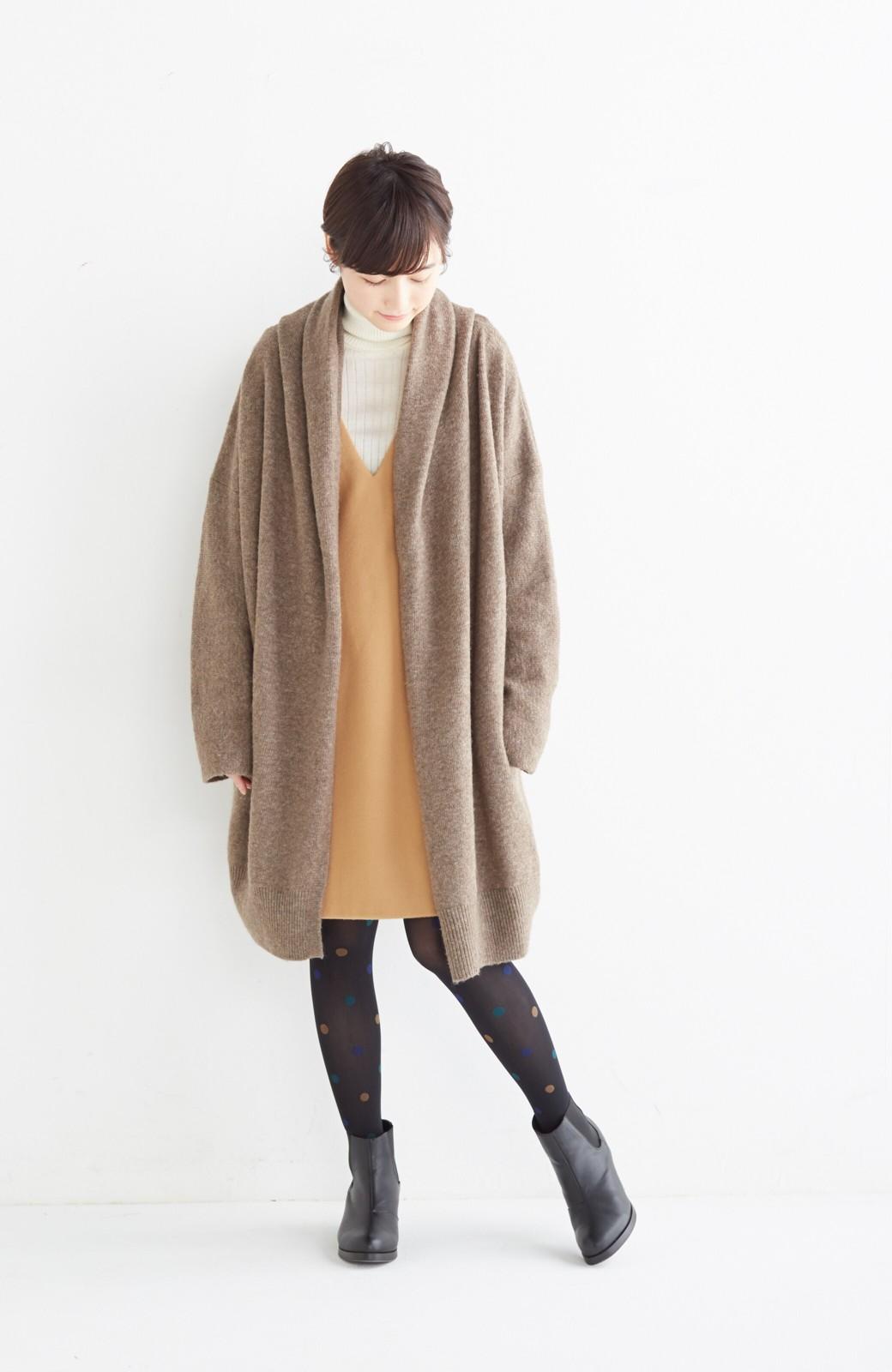 エムトロワ ぱっと羽織るのに便利な軽くてあったかいニットガウンコート <ブラウン>の商品写真4