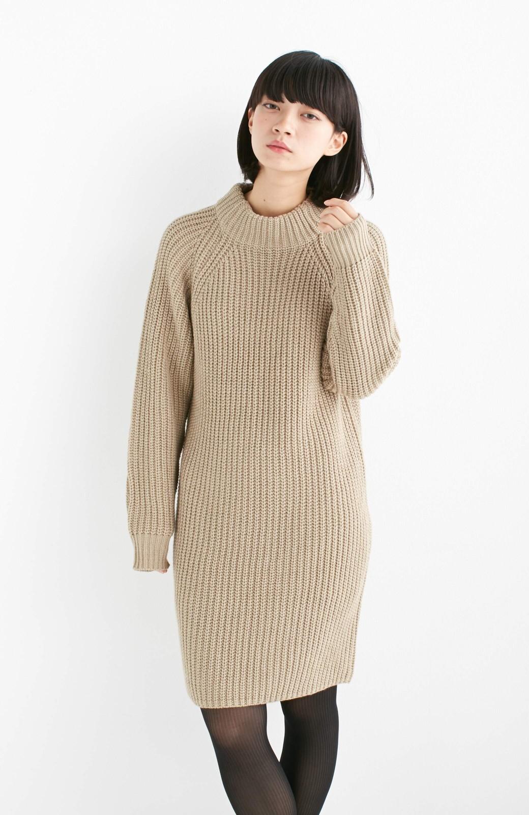 エムトロワ 重ね着もかわいいざっくりニットワンピース <ベージュ>の商品写真2