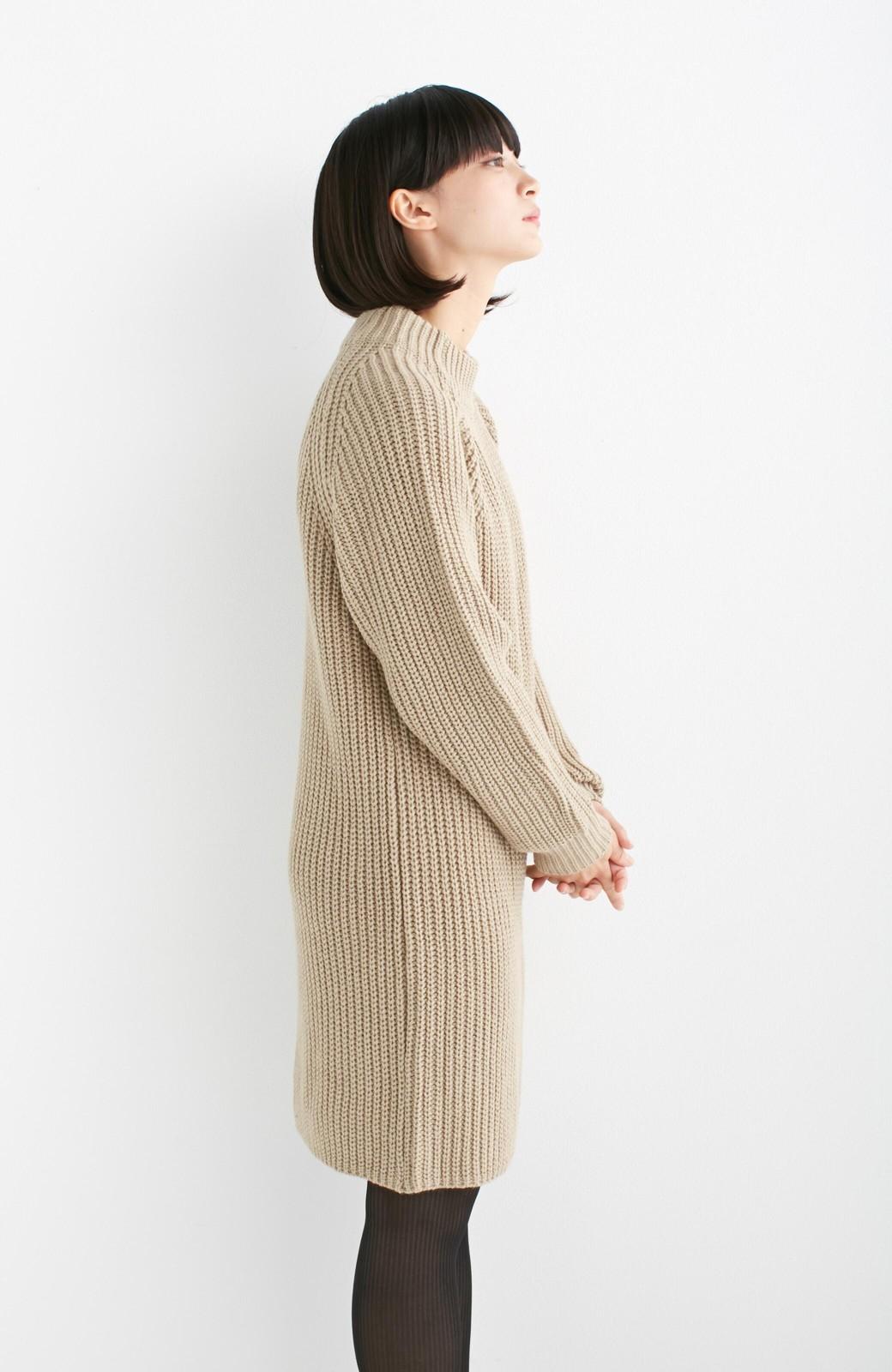 エムトロワ 重ね着もかわいいざっくりニットワンピース <ベージュ>の商品写真10