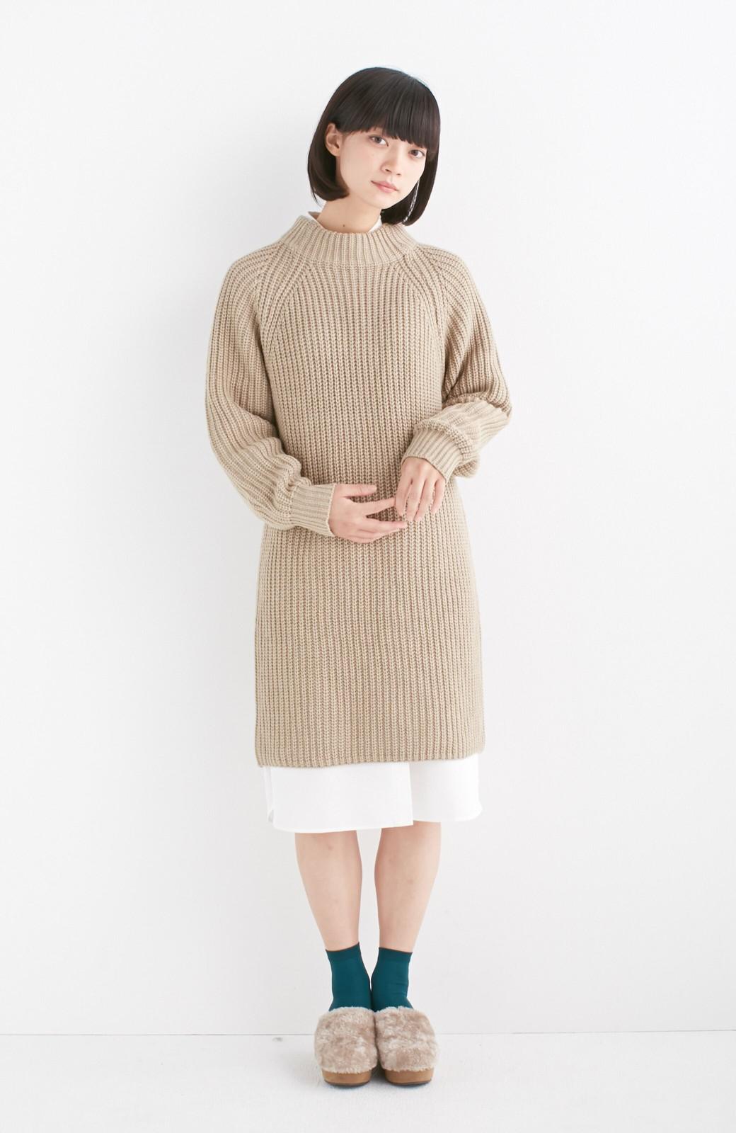 エムトロワ 重ね着もかわいいざっくりニットワンピース <ベージュ>の商品写真4