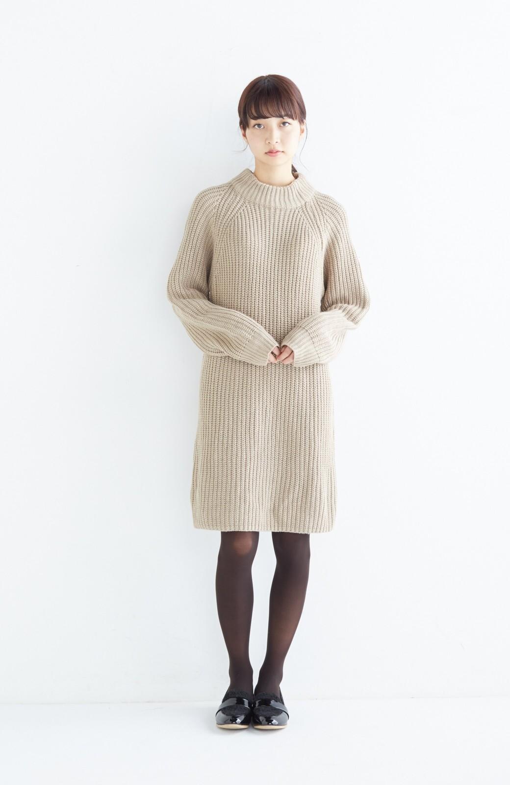 エムトロワ 重ね着もかわいいざっくりニットワンピース <ベージュ>の商品写真6