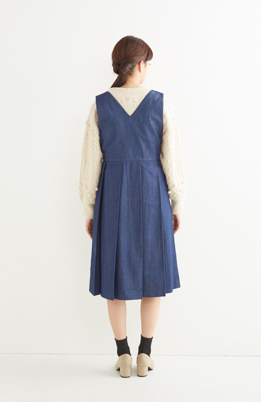 nusy やわらか麻混デニム素材のビッグプリーツジャンパースカート <インディゴブルー>の商品写真7