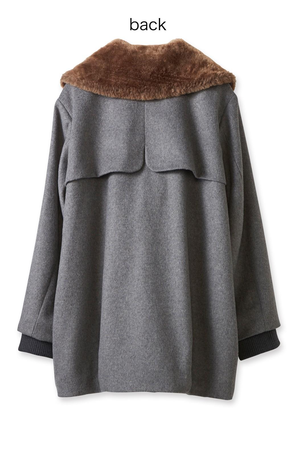 pilvee 取り外しフェイクファー衿付き ウール混のノーカラーコート <グレー>の商品写真2